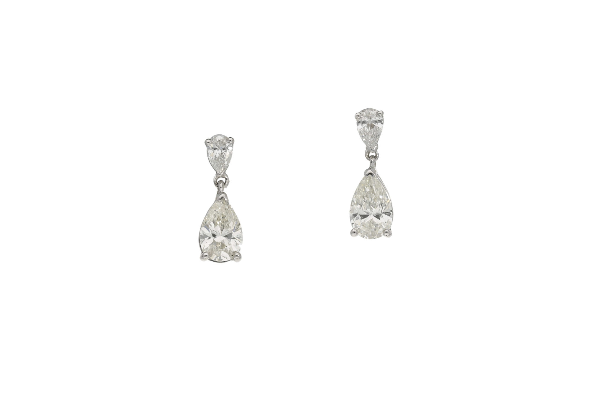 shield platinum fancy earrings shape stud rectangular diamond