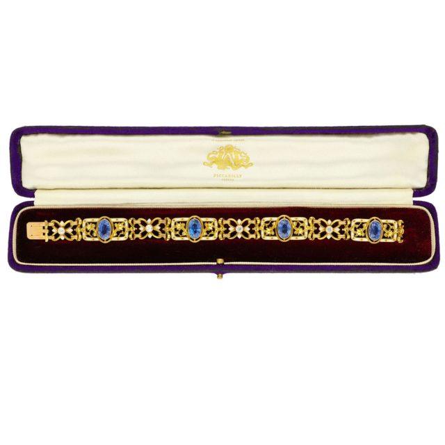 B-142_Paulinesjewellerybox_Bracelet_1