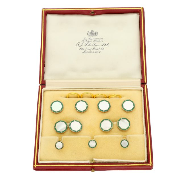 C-045_Paulinesjewellerybox_Cufflinks_2