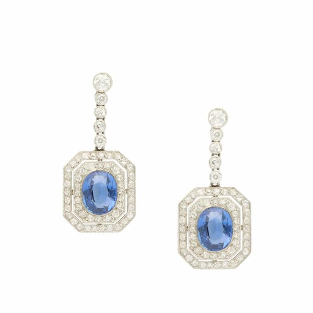 E-019_Paulinesjewellerybox_Sapphire-Diamond-Earrings