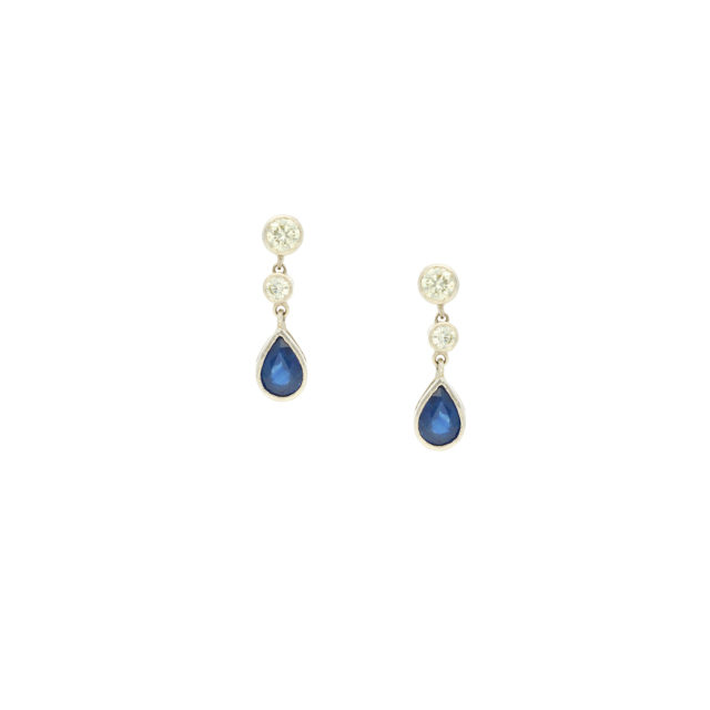 E-160_Paulinesjewellerybox_Sapph+Dia-Earrings_1