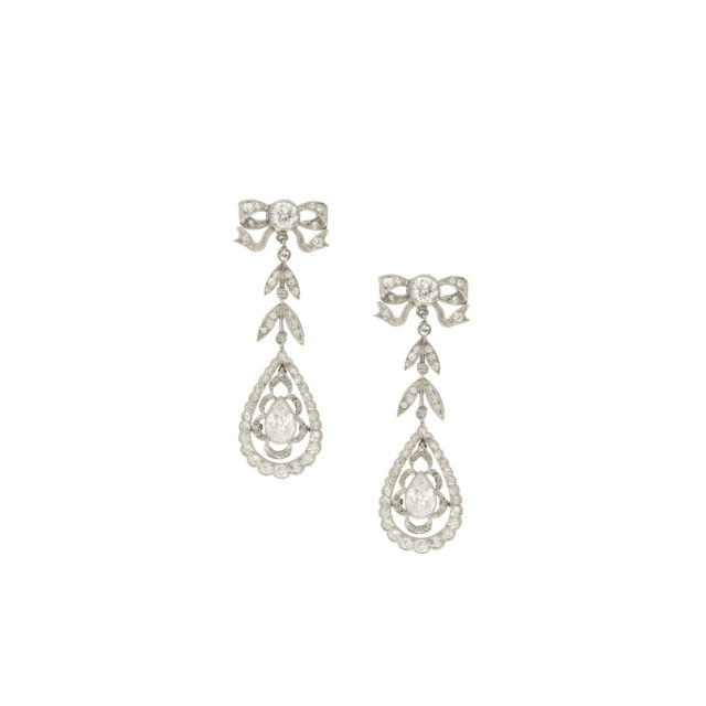 E-169-1-Paulinesjewellerybox-diamonds-earrings