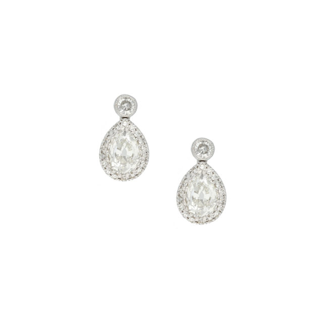 E-177-Paulinesjewellerybox-diamonds-earrings