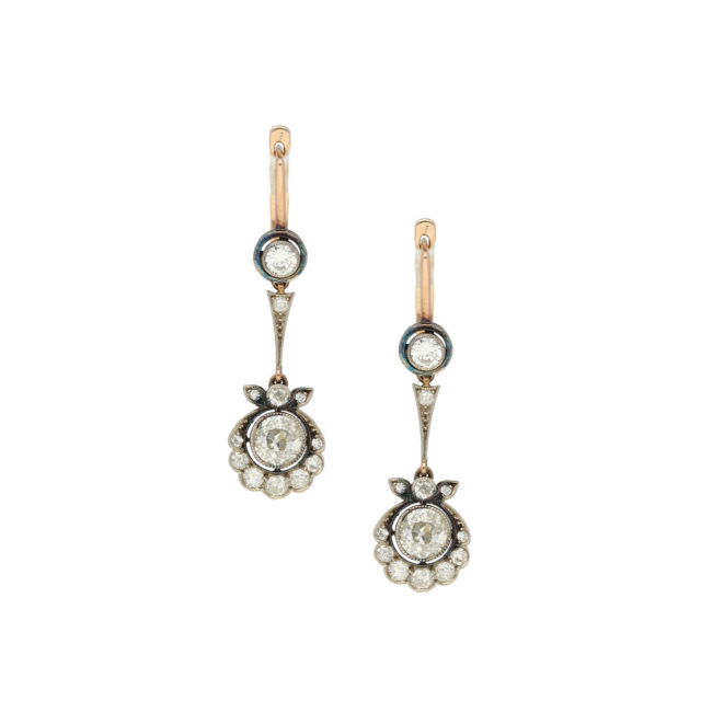 E-183-Paulinesjewellerybox-diamonds-earrings