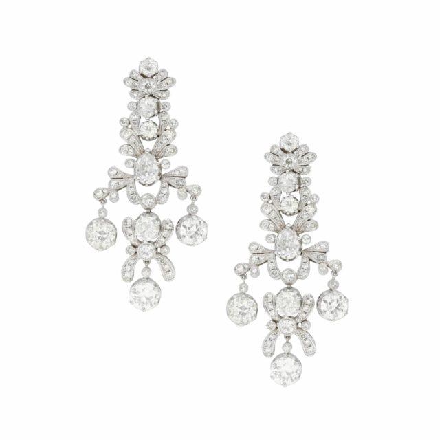 E-200-Paulinesjewellerybox-diamonds-earrings