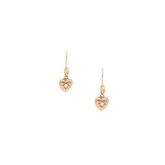 E-201_Paulinesjewellerybox_Dia-Heart-Earrings_3