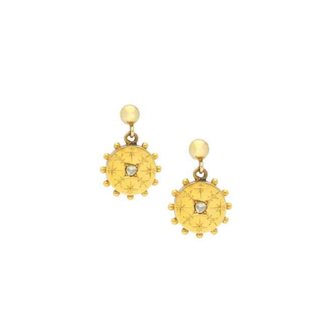 E-219_Paulinesjewellerybox_YG+Dia-Earrings_1