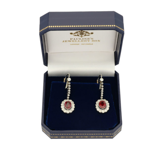 E-298_Paulinesjewellerybox_Earrings_1