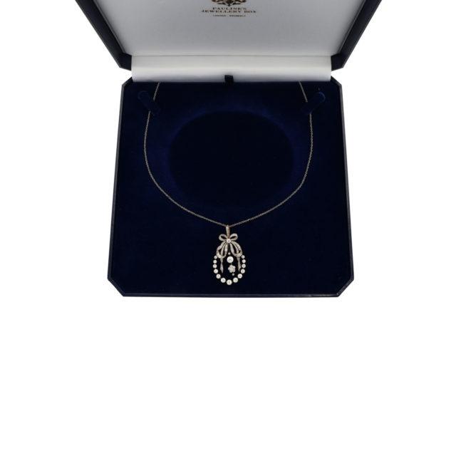 N-009_2-necklace-paulinesjewellerybox