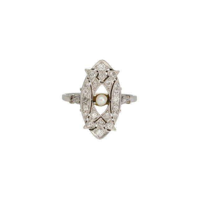 R-320-pearl-ring-paulinesjewellerybox