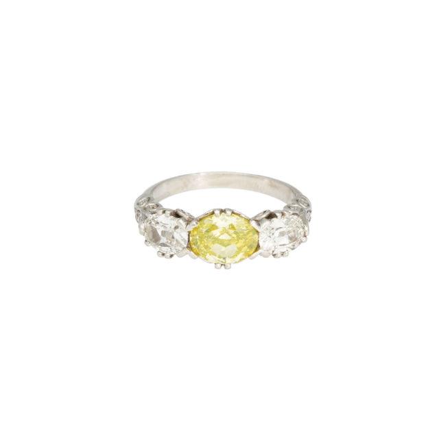 R-355_1-paulinesjewellerybox-diamonds-ring
