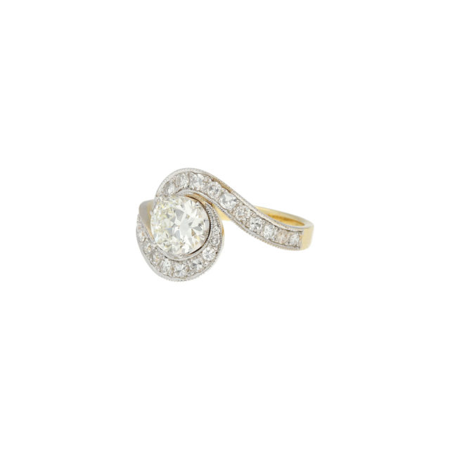 R-446-2-Paulinesjewellerybox-engagement-diamond-ring