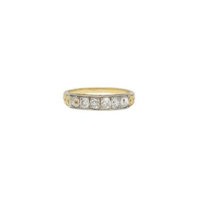R-481-1-Paulinesjewellerybox-engagement-diamond-ring