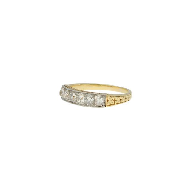 R-481-3-Paulinesjewellerybox-engagement-diamond-ring