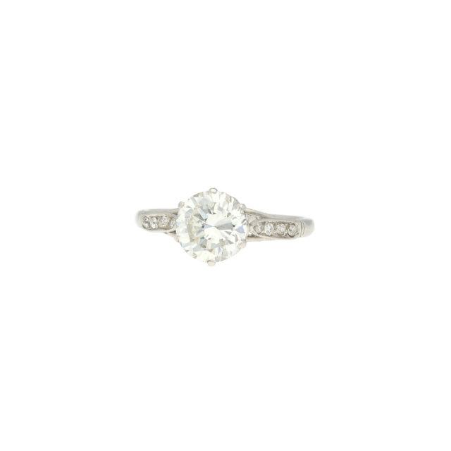 R-563-2-Paulinesjewellerybox-engagement-diamonds-ring
