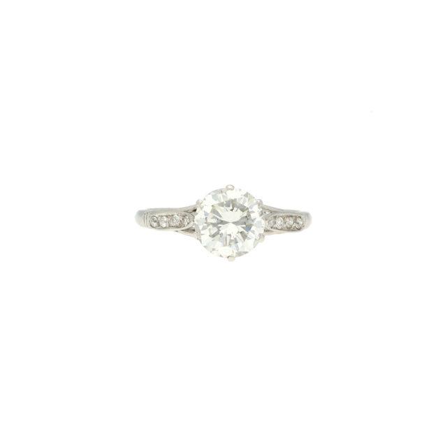R-563-Paulinesjewellerybox-engagement-diamonds-ring