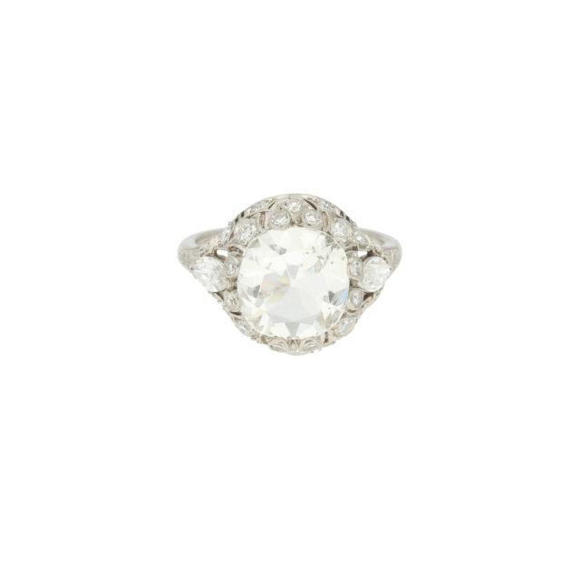 R-571-1-Paulinesjewellerybox-engagement-diamond-ring