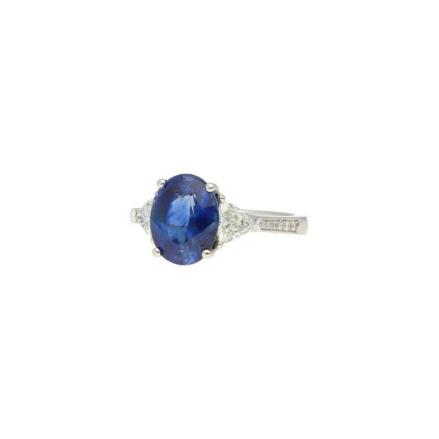 R-583-2-Paulinesjewellerybox-saphirre-diamond-ring