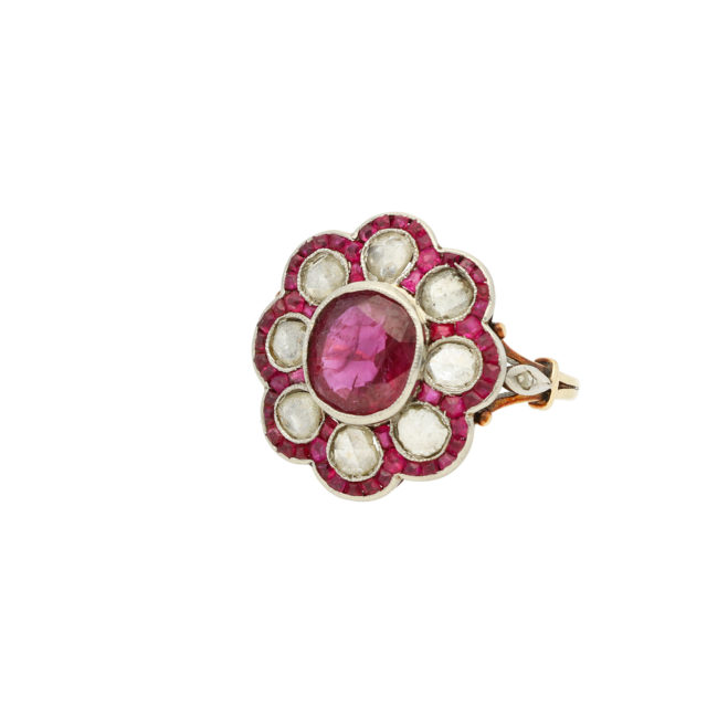 R-600_Paulinesjewellerybox_Ruby+Dia-Ring_2