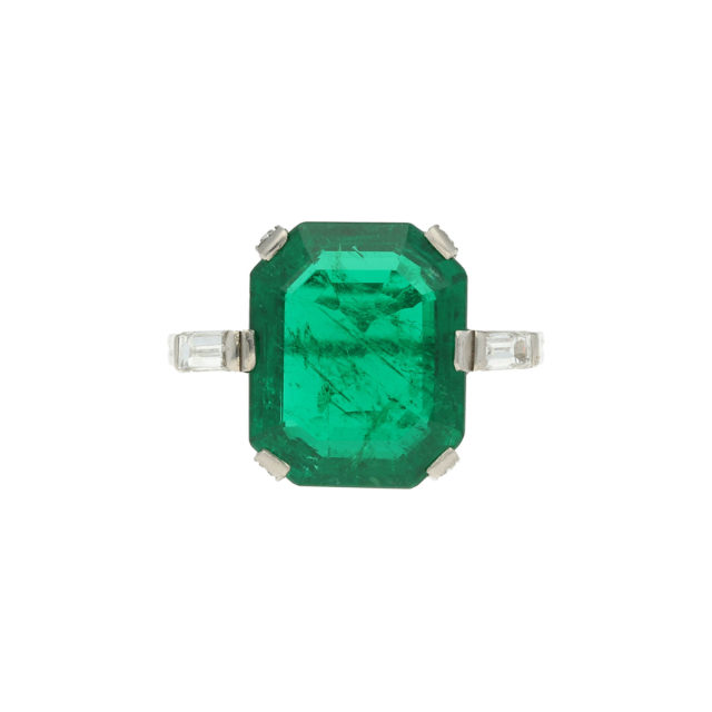 R-617-1-Paulinesjewellerybox-engagement-diamond-ring