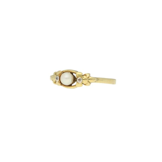 R-623-2-Paulinesjewellerybox-pearl-Ring