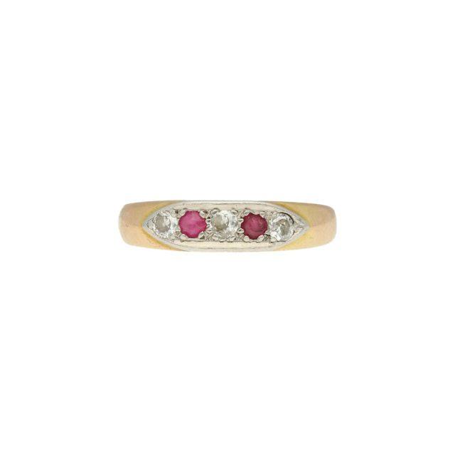 R-629-1-Paulinesjewellerybox-Ruby-Ring