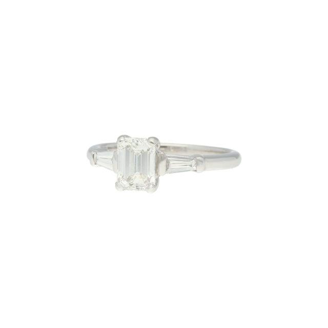 R-652-2-Paulinesjewellerybox-Art-Deco-Diamond-Ring-engagement
