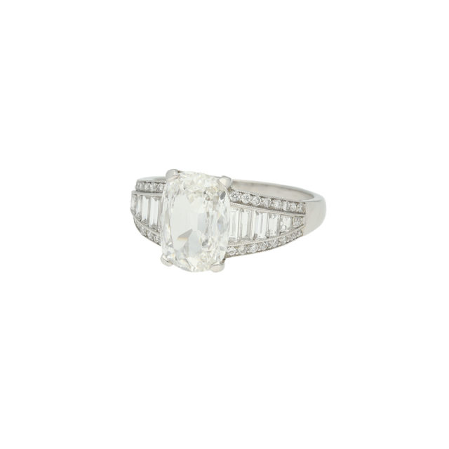 R-654-2-Paulinesjewellerybox-engagement-diamond-ring