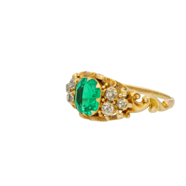 R-843_Paulinesjewellerybox_Emerald-Ring_2