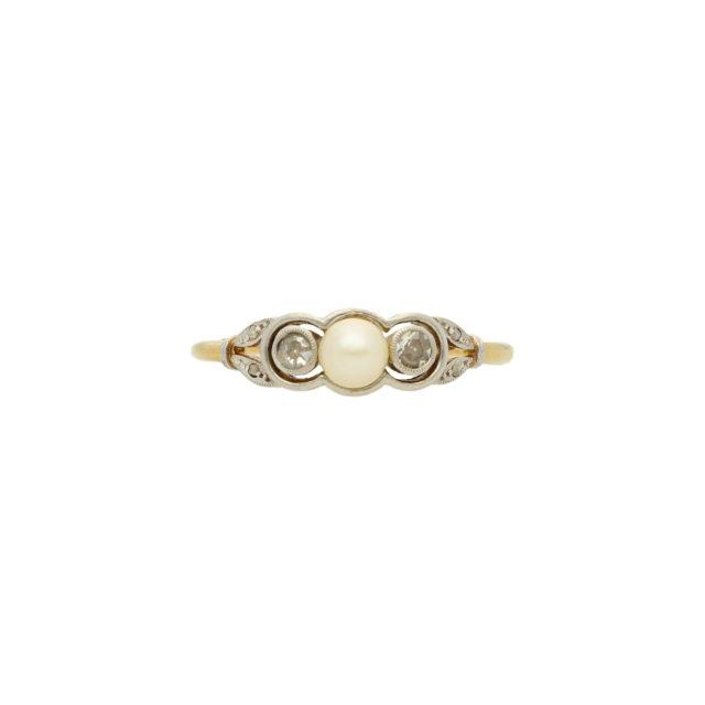 R-878_Paulinesjewellerybox_Pearl+Dia-Ring_1